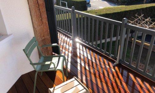 Aménagement d'un balcon  terrasse Annecy le Vieux
