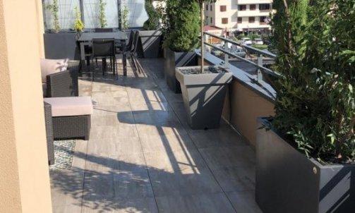 Aménagement d'un toit terrasse à Meythet