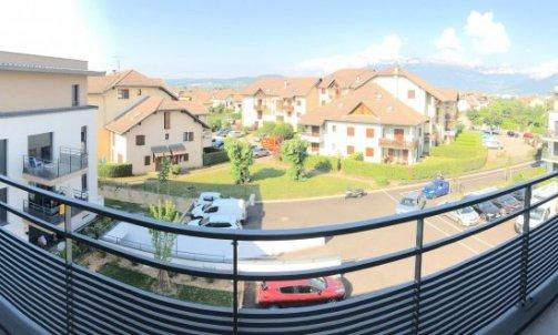 Aménagement sur mesures d'un balcon à Meythet